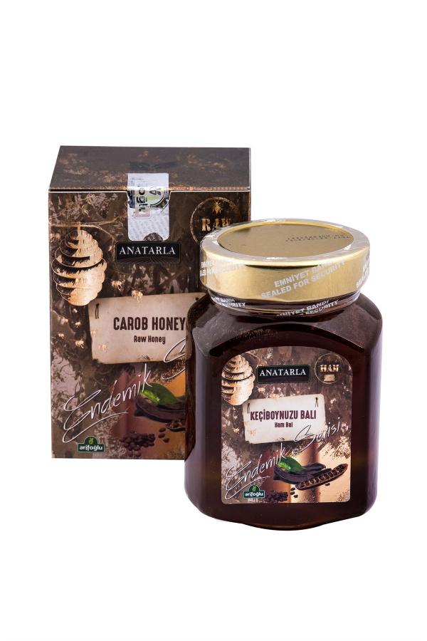 Toros Dağı eteklerindeki keçiboynuzu ağacından doğal yollarla elde edilen organik keçiboynuzu balı.